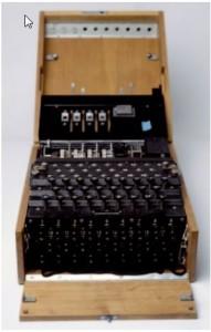 Alman donanması tarafından 1942'den sonra kullanılan ve M4 adı verilen dört rotorlu Enigma.