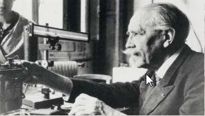 Fransız fizikçi Paul Langevin I. Dünya Savaşı esnasında denizaltıların tespitinde ses dalgalarının kullanılması üzerine çalışmalar yürüttü.
